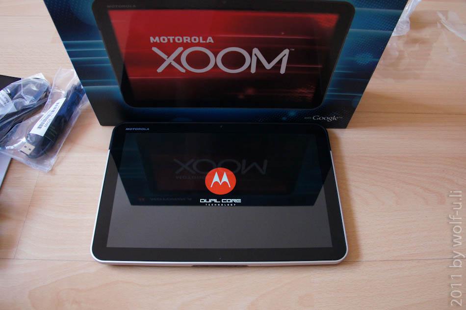 Review & Test: Erste Bilder des Motorola Xoom Tablet mit Honeycomb