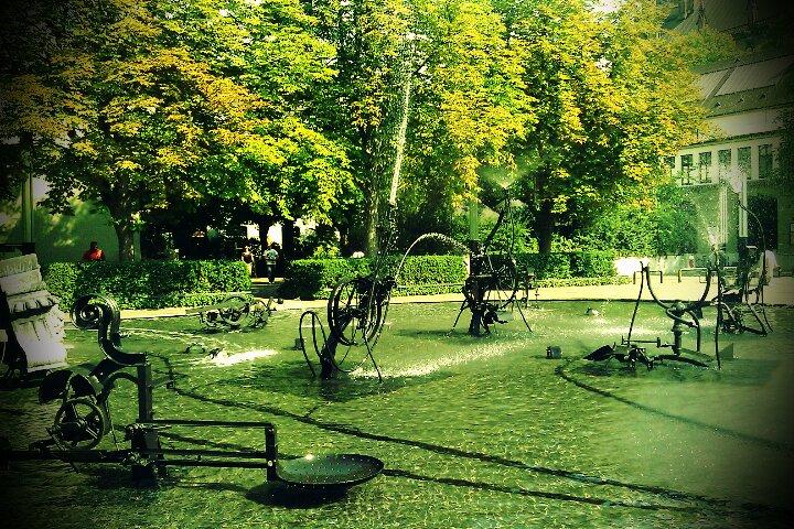 Tinguley Brunnen